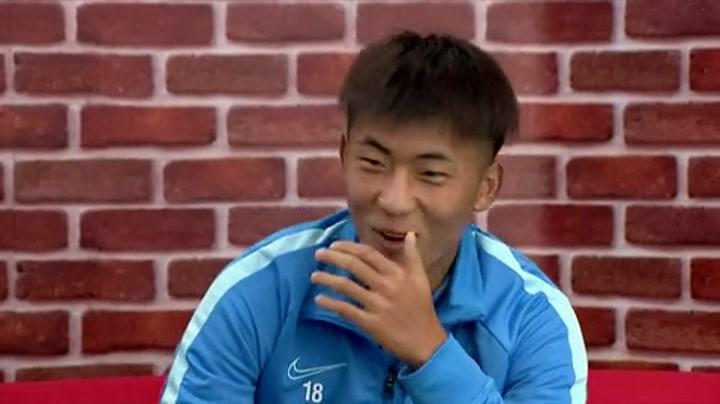 《中超零距离》第9期:汪球王带来回忆杀 何宇鹏清唱迷倒全场