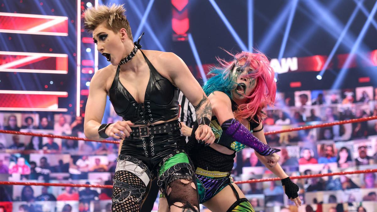 RAW女子冠军重战赛 夏洛特果然就是幕后指使