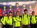 """""""合影""""梅西!董路率中国足球小将抵达巴萨 4天后将战拉玛西亚"""