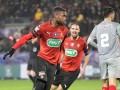 法国杯-塞巴切乌双响索马奥罗染红 雷恩2-1险胜十人里尔
