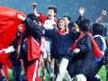 《中国足球往事》01年十强赛:我们出线了 冲出亚洲走向世界