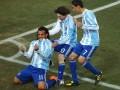 10年前今天特维斯双响伊瓜因建功 梅西率队晋级