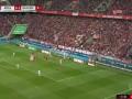 第44分钟拜仁慕尼黑球员莱万多夫斯基射门 - 打偏