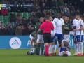 下半场补时第1分钟斯特拉斯堡球员普尔西奇犯规