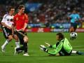 德国队欧洲杯屈辱记忆:托雷斯超车拉姆 决赛一脚定乾坤
