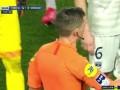 下半场补时第2分钟巴黎圣日耳曼球员内马尔两黄变一红