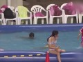 买游泳票就能看球?J联赛出现泳池观赛奇观!