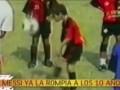 啥叫天才啊!来看10岁梅西珍贵颠球画面 球迷:跪着看