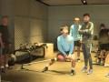 苏宁易购队员健身房内锻炼 张凌峰黄紫昌锻炼一丝不苟