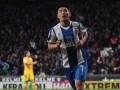 中国足球最辉煌时刻! 武磊超神绝平巴萨 面对世界豪门他从不胆怯
