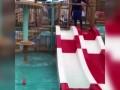 自己也玩儿嗨!梅西儿子泳池撒欢 马特奥戏水不亦乐乎