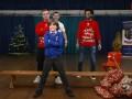 红军圣诞节慰问福利院!沙奇里弹钢琴 小球迷实力COS