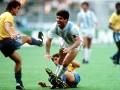 经典回放-90年世界杯巴西VS阿根廷:马拉多纳献世纪助攻