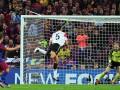 巴萨每日一球:比利亚生涯经典之作 欧冠决赛一剑封喉破红魔