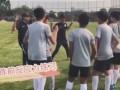 做好防疫措施富力青训恢复训练 小球员们终于可以出来踢球啦!