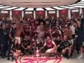 阿森纳赛后更衣室实拍:阿尔特塔率队群舞 奥巴