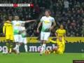 第62分钟门兴格拉德巴赫球员克拉默黄牌