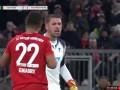 第24分钟拜仁慕尼黑球员格纳布里射门 - 被扑
