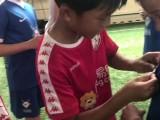 友谊第一比赛第二!敢梦少年为对手小朋友赠送礼物