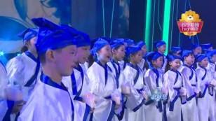 20161110-吟游诗人马頔演唱《南山南》引发全场合唱
