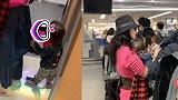 张柏芝带小儿子游东京,小王子牵着妈妈走路,背影呆萌可爱