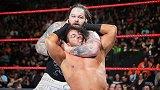 WWE-18年-2018铁笼密室大赛:单打赛 布雷怀特VS麦特哈迪-单场