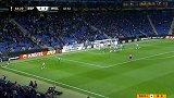 第65分钟西班牙人球员大卫·洛佩斯射门 - 打偏