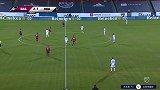 第83分钟达拉斯FC球员霍林斯黑德黄牌