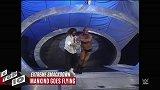 WWE-18年-SD十大极限时刻 杰夫观众席飞扑爆桌兰迪-精华