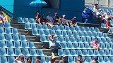 王雅繁对阵澳大利亚球员 看中国球迷与本土球迷现场加油大PK