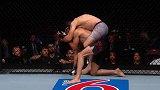 吉米-米勒UFC终结时刻:断头台绞晕盖达 膝击终结沙罗鲁斯