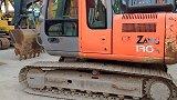 看到一台二手日立ZX130挖掘机,带大家了解一下车况