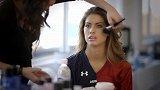 橄榄球服传出极致诱惑 性感女神Katherine Webb喷血写真