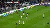 第16分钟法兰克福球员帕西恩西亚射门 - 打偏
