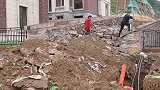 """江西南昌:绿化变坡道,别墅一楼变成""""地下室""""!业主懵了"""