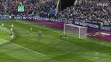 第22分钟西汉姆联球员弗雷德里克斯射门