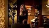 美体-20130403-超级名模HeidiKlum长腿诱惑 Carls Jr汉堡性感与美味兼得
