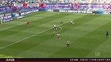 第65分钟法兰克福球员帕西恩西亚射门-绝佳机会被扑