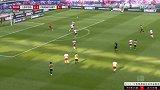 下半场补时第2分钟法兰克福球员帕西恩西亚射门 - 打偏