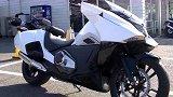 实拍本田NM4,本田最科幻的摩托,还是DCT自动挡!