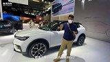 北京车展|酷炫屏加简约内饰 天际EM7实拍