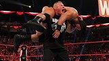 RAW第1392期:二对一强弱不等赛 OC俱乐部VS麦金泰尔