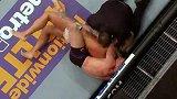 菲尔德UFC终结时刻:神来转身摆拳KO送对手进入梦乡