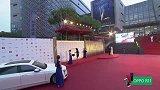 第20届上影节亚新奖红毯-HAMIDE GÖZDE KURA《Dust尘埃》