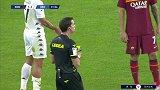 第32分钟贝内文托球员卡普拉里黄牌