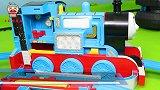 玩具小剧场:托马斯火车运输货物