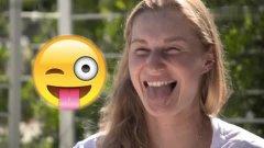 网球-15年-网球美女搞怪表情大挑战 呆萌囧逗笑翻了-新闻图片