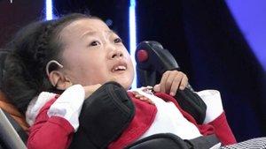 幸福来敲门-20200407-十岁女儿患有脊髓性肌萎缩症,身兼数职的妈妈不离不弃